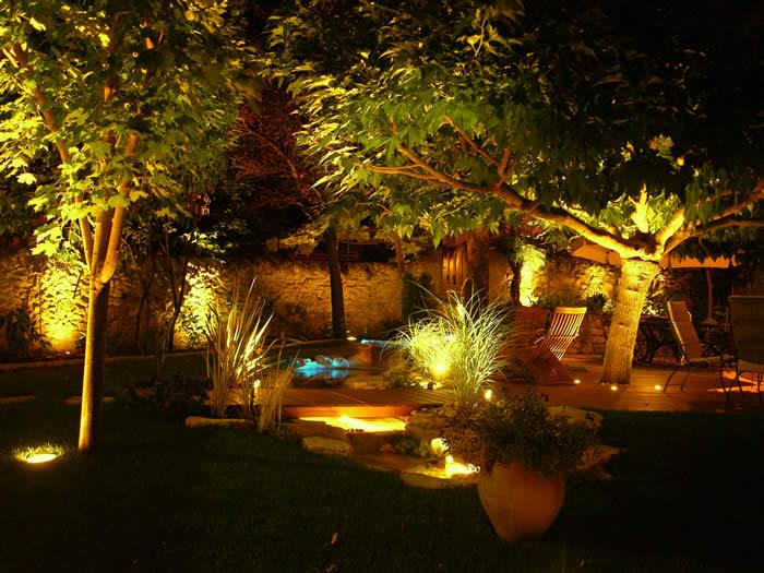 Septembre 2012 evasiondeco for Luminaire pour jardin